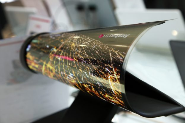 LG-Display-Unveils-the-Latest-Cutting-edge-Displays-at-CES-2016-624x416