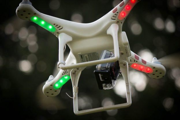 drone-1449877_960_720