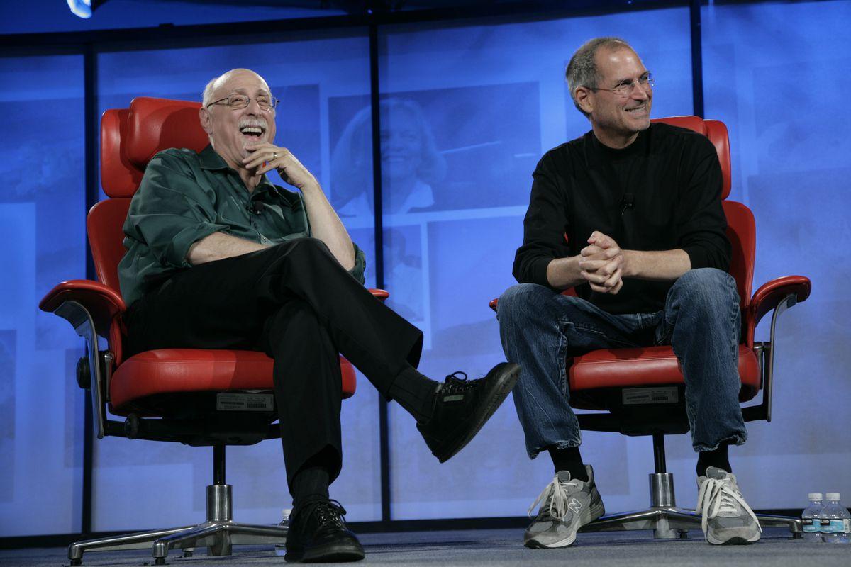 Walt-Jobs_laughing.0.0