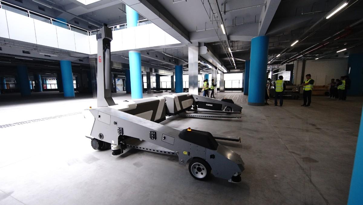 北京大兴机场投运,机器人停车了解一下
