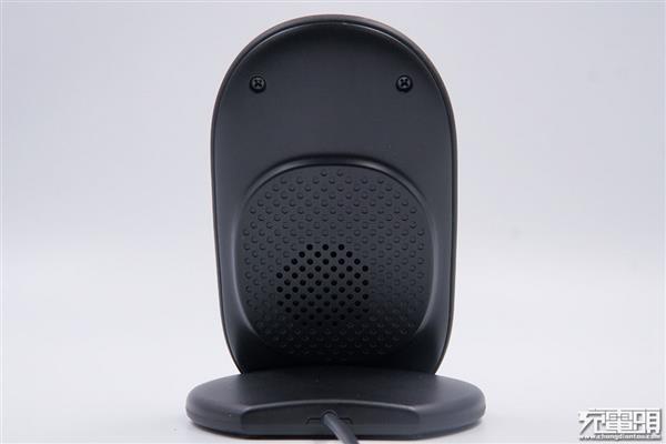 石墨烯无线充电器拆解:散热、效率都不是事儿
