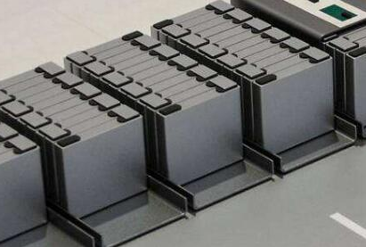 锂金属电池和锂离子电池在使用方面存在着怎样的差别