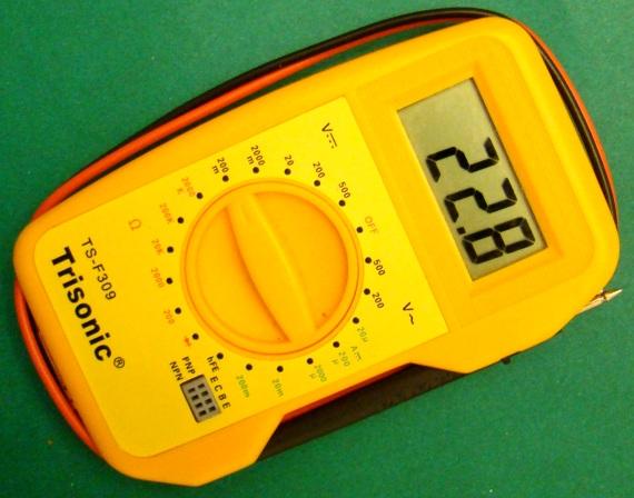 将温度计添加到数字万用表